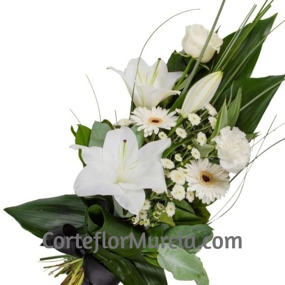 ramo funerario blanco para difuntos